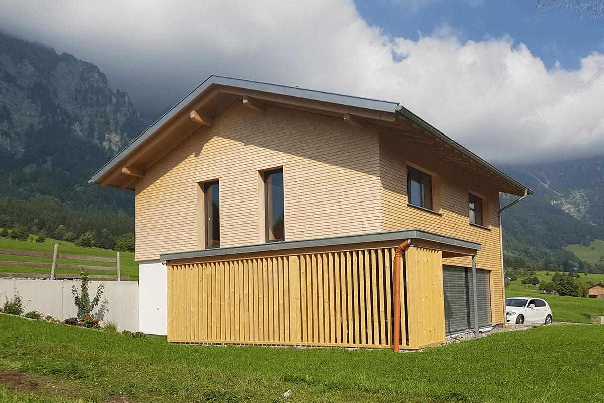 Feuerstein_Vorarlberg_Referenzen_Zimmerei_Neubau_M_02_1200x800