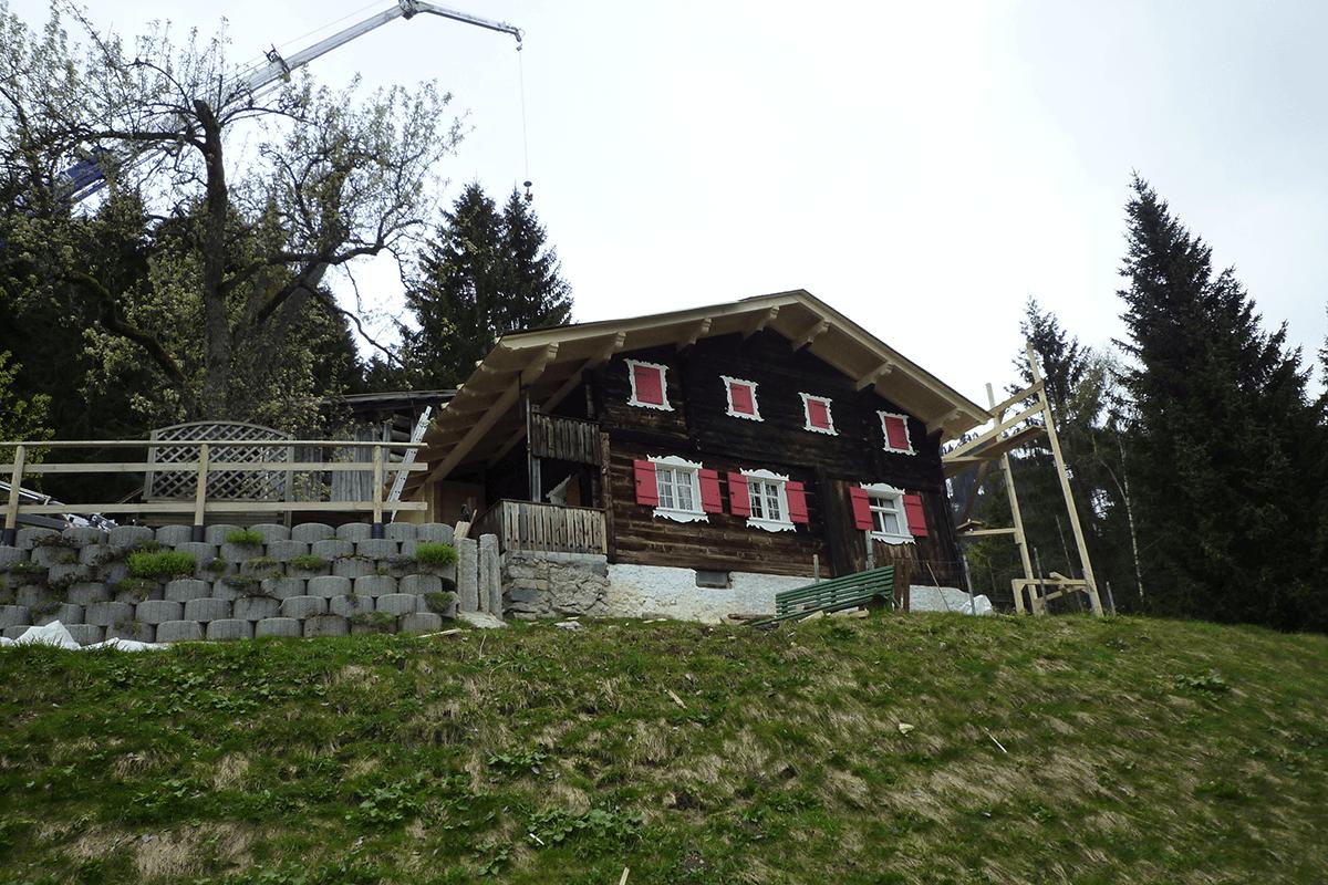 Feuerstein_Vorarlberg_Referenzen_Zimmerei_Sanierung_Ferienhaus_S_02_1200x800