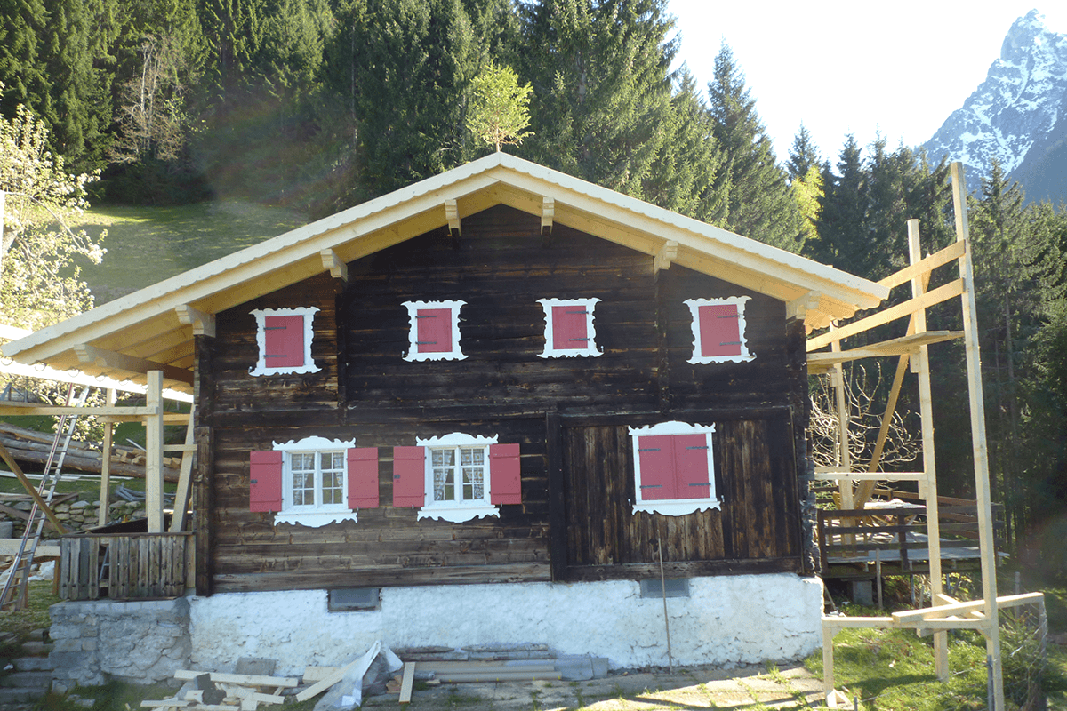 Feuerstein_Vorarlberg_Referenzen_Zimmerei_Sanierung_Ferienhaus_S_04_1200x800