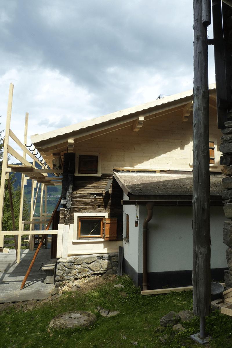 Feuerstein_Vorarlberg_Referenzen_Zimmerei_Sanierung_Ferienhaus_S_06_1200x800
