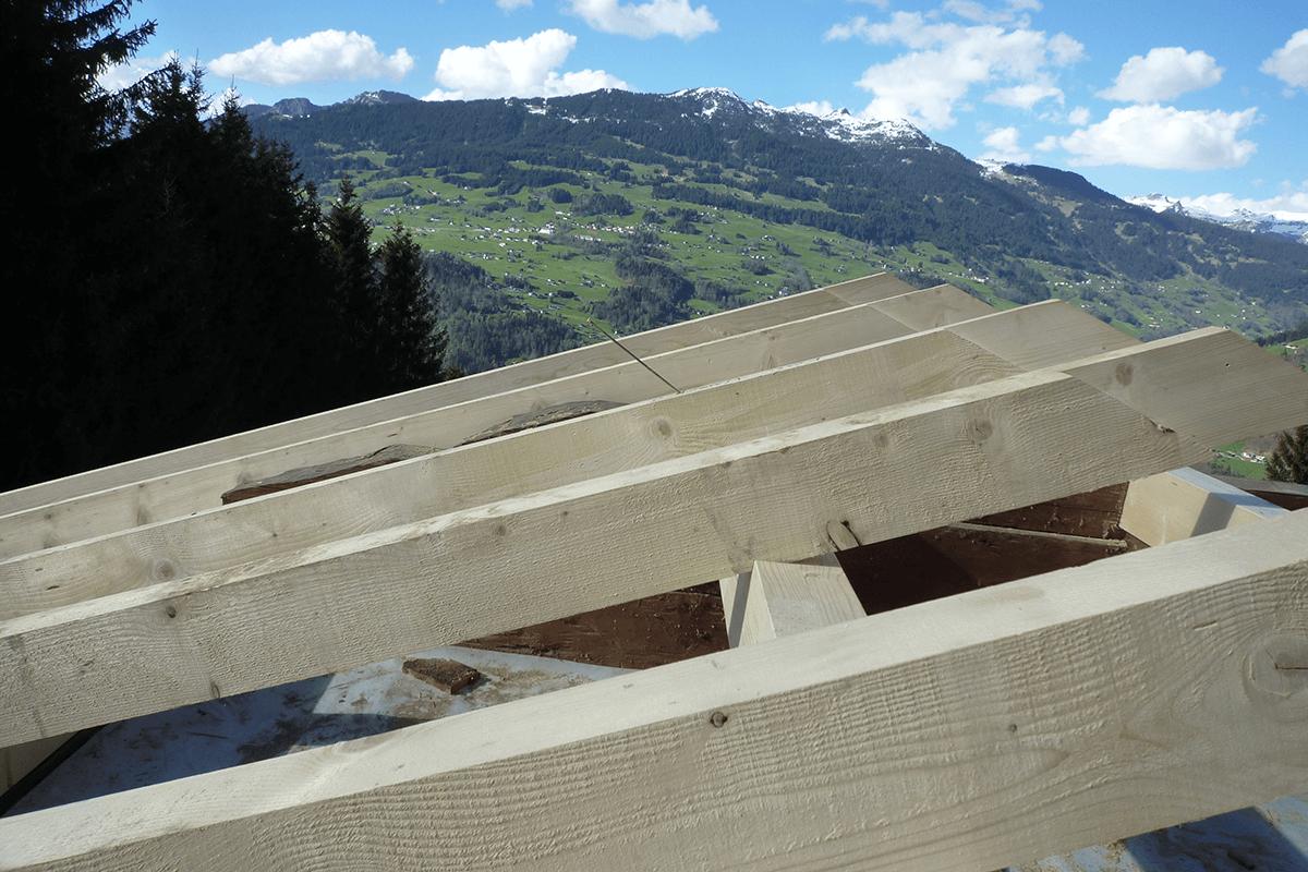 Feuerstein_Vorarlberg_Referenzen_Zimmerei_Sanierung_Ferienhaus_S_08_1200x800